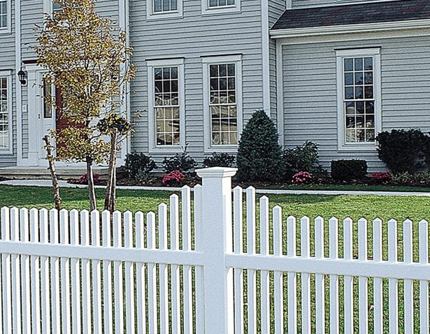 Fence Boosts Beauty & Property Value
