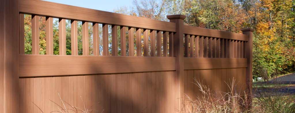 Bufftech Certagrain Chesterfield Vinyl Fence with Victorian Accent