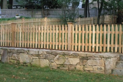 6 Reasons Organic Cedar is Superior for Wood Fencing & Gardens