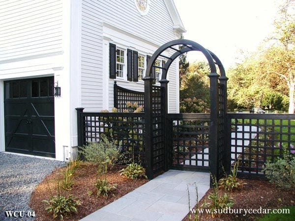 Fit to Fence: Custom Gates to Help You Achieve the Perfect Finish